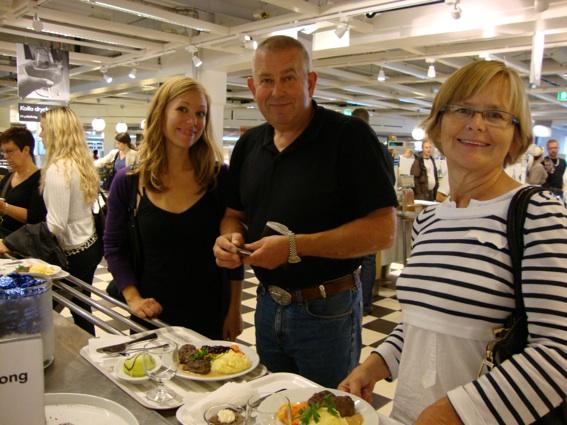 Ida, Odd och Maud på IKEA
